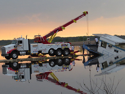 Heavy Duty Towing and Recovery in Kewanee, IL